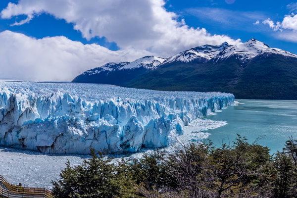 Schauspiel Perito Moreno