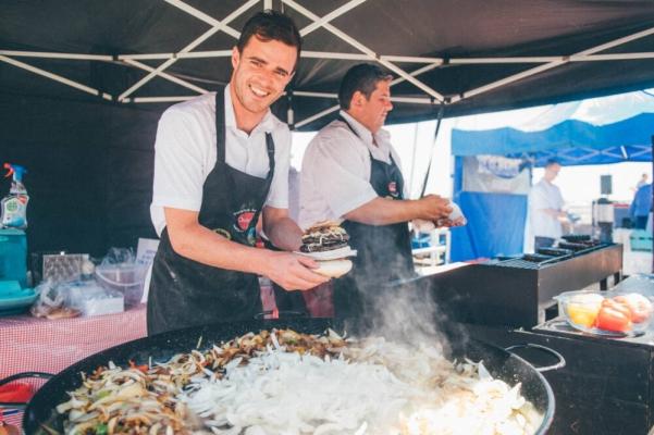 Essen in Wales
